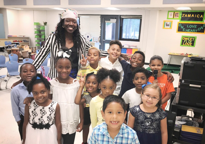 Shalisha Turpin with her class